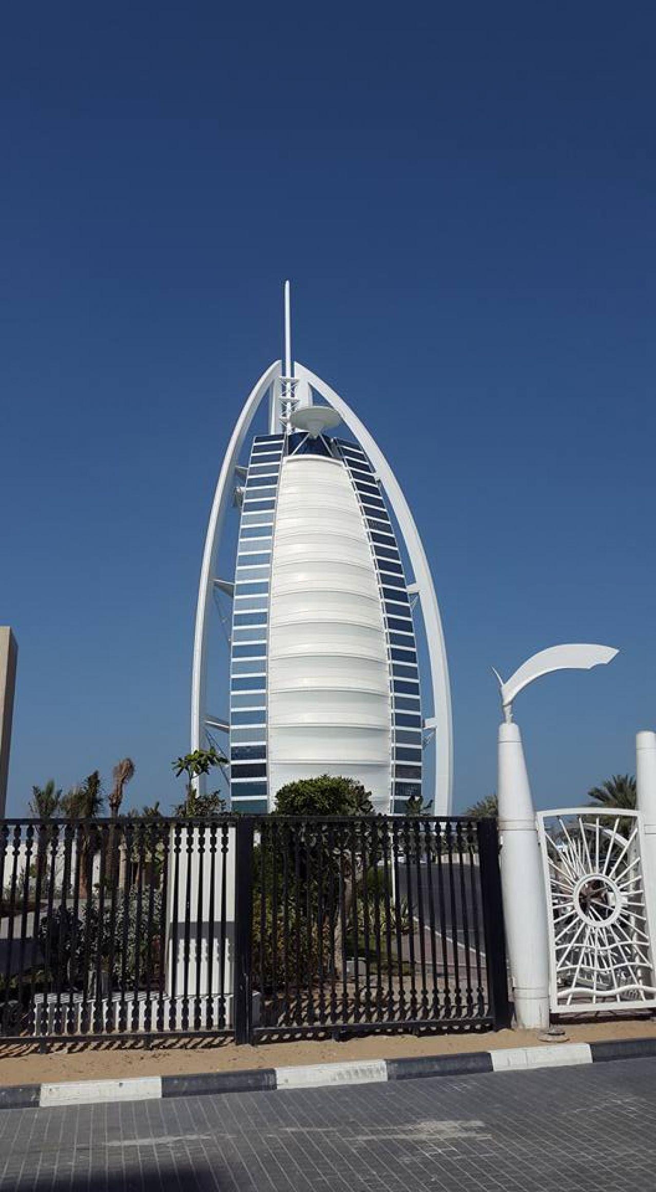 Дубай - през октомври